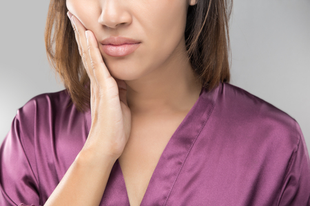 Causes, Symptoms and Treatment of Temporomandibular Joint Disorder