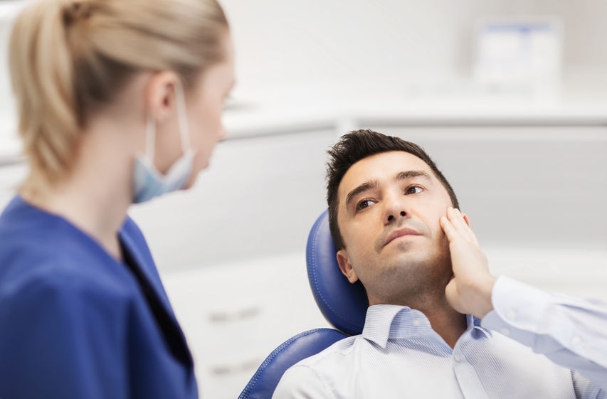 Men's Oral Health: Why Don't Men to to the Dentist? - GoleDentalGroup.com